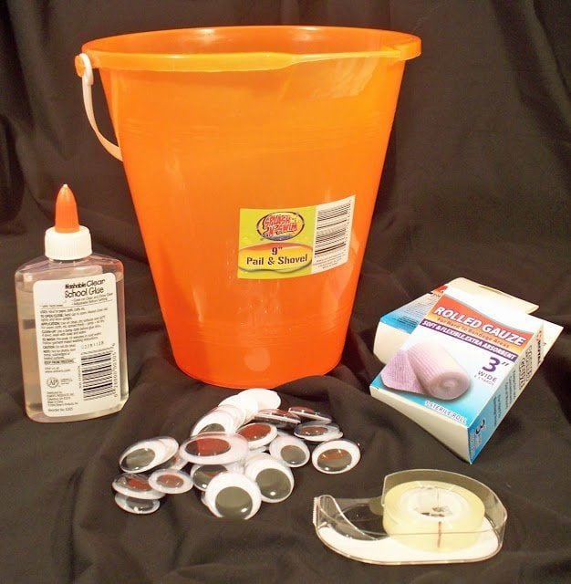 supplies needed to decorate halloween bucket