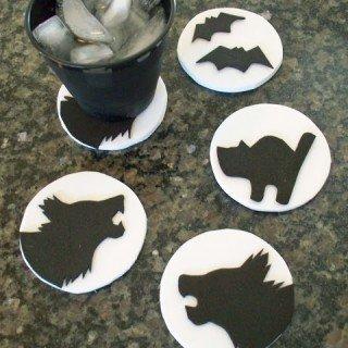 Halloween Craft – Cookie Cutter Coasters