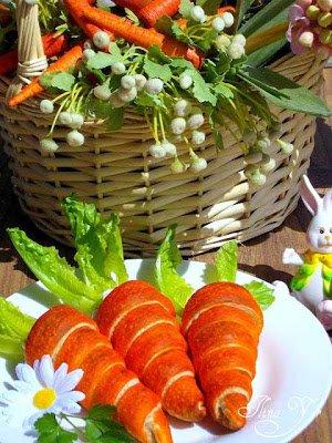 Crescent Roll Carrots 17