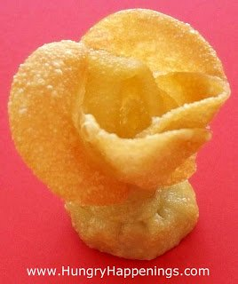 Looking for a beautiful appetizer to make? Try making this Beautiful Bouquet of Fried Won Ton Roses! Normal roses are beautiful but these are mouth-wateringly delicious!