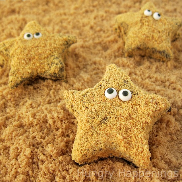 Turn homemade marshmallows into adorably cute Starfish S'mores. These chocolate and graham cracker coated treats will ad a touch of whimsy to your pool party food.