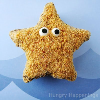 Turn homemade marshmallows into adorably cute Starfish S'mores. These chocolate and graham cracker coated treats will be fun to serve at your next pool party.