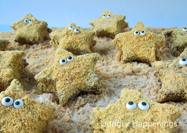 Before you head to the beach, make some sweet little Starfish S'mores to take along to snack on.