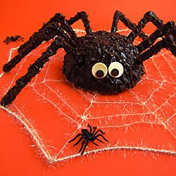 This Giant Cake Ball Spider will be the center of attention at your Halloween party! Put your skills to the test and show off your scary master piece!