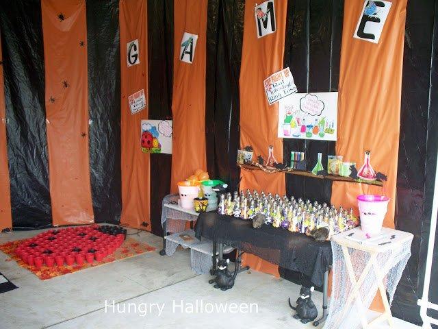 creepy Halloween carnival games