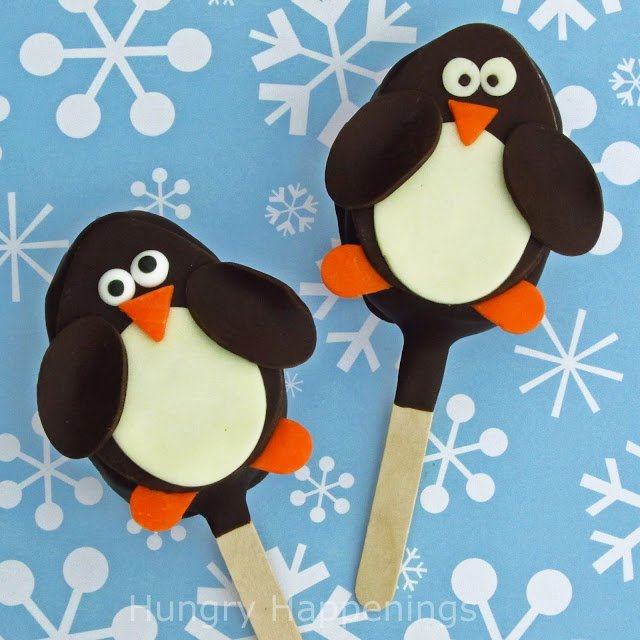 Sweet Penguin Rice Krispies Treat Pops