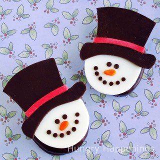 Twelve days of sweet designs, day 7 – Snowman on Chocolate Covered Marshmallows
