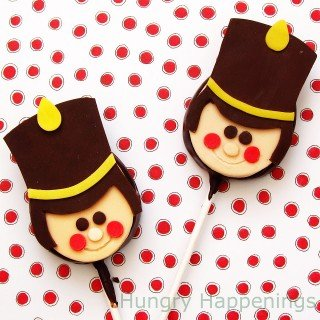 Twelve days of sweet designs, day 8 – Toy Soldier Lollipops