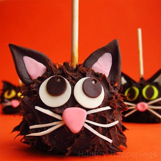 Black-Cat-Caramel-Apples%2C-Halloween-recipe-