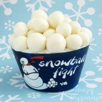 Snowball-Fight-Cupcake%2C-recipe%2C-winter%2C-Christmas%2C-modeling-chocolate%2C-fondant%2C-wrapper-3-