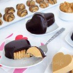 Chocolate-Valentines-Day-recipes-fudgy-peanut-butter-hearts-recipe-edible-crafts-