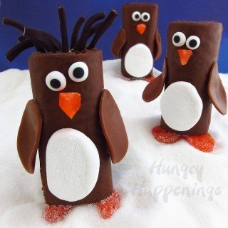 Penguin-Snack-Cakes-chocolate-Little-Debbie-Swiss-Roll-Penguins-Hostess-Ho-Ho-Penguins-Christmas-edible-craft-recipes-animal-party-treats-
