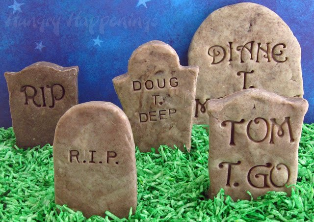 Make these cute and spooky Cookies 'n Cream Fudge Tombstones for any Halloween occasion! Customize your stones with a punny saying that will have everyone rolling in their graves!
