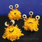 Halloween-mini-monster-cheese-balls-Halloween-recipe-appetizers-snacks-edible-crafts-shredded-cheese-