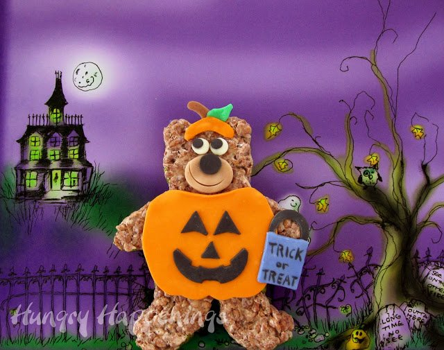 You absolutely have to make these delicious Cocoa Krispies Trick or Treat Bears! These bears are dressed up in a yummy pumpkin costume, they may be too cute to eat!