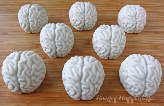 Make some Creepy Halloween Sweets this year and try these Cake Ball Brains with Oozing Cherry Blood! This fan favorite is absolutely to die for... they will be the talk of any Halloween party!