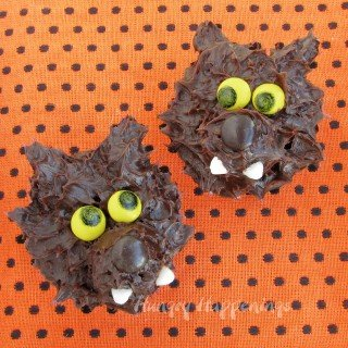 Werewolf Snack Cakes for Halloween