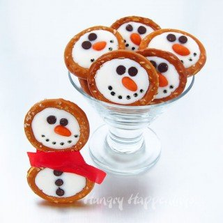 Winter themed treats – Frosty Snowman Pretzels