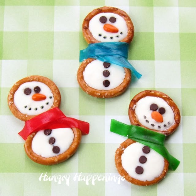 http://hungryhappenings.com/wp-content/uploads/2013/01/pretzel-snowmen-made-using-Candiquik-white-candy-coating-white-chocolate-snowmen-Christmas-recipe-Christmas-candy-recipes-.jpg