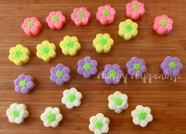 Instead of buying a normal bouquet of flowers, make some that you can look at and eat! These Daisy Cakes are the perfect dessert for any occasion, and while they're beautiful they're also amazingly delicious!
