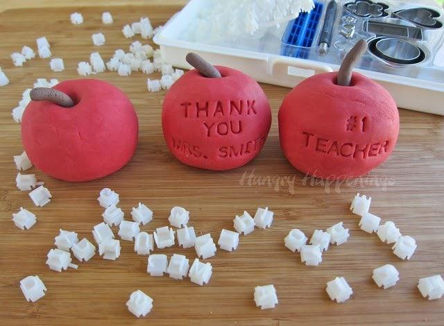 how to decorate fudge apples