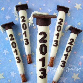 Personalize pretzel pops for all of your graduates this year,