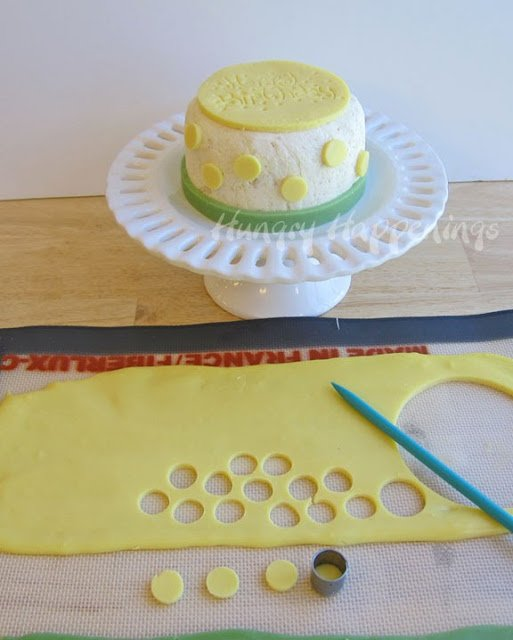 How to make a cheese ball birthday cake. 4