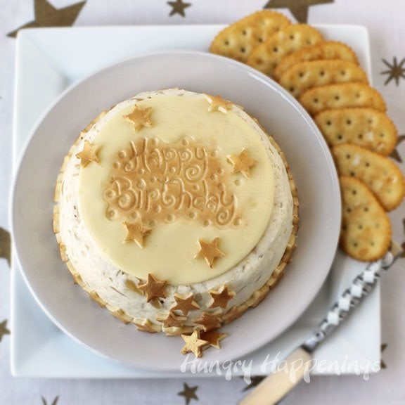 How to decorate a birthday cake cheese ball.