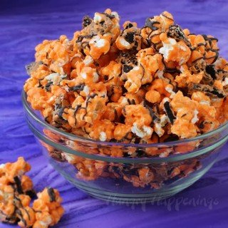 Orange and Black Cookies and Cream Popcorn for Halloween