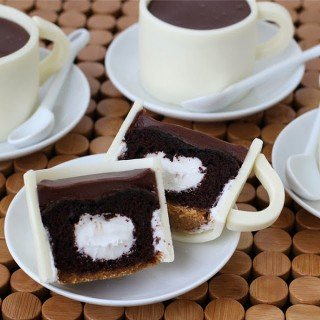 S'mores Coffee Cup Cupcakes and Fondant Cupcake Toppers