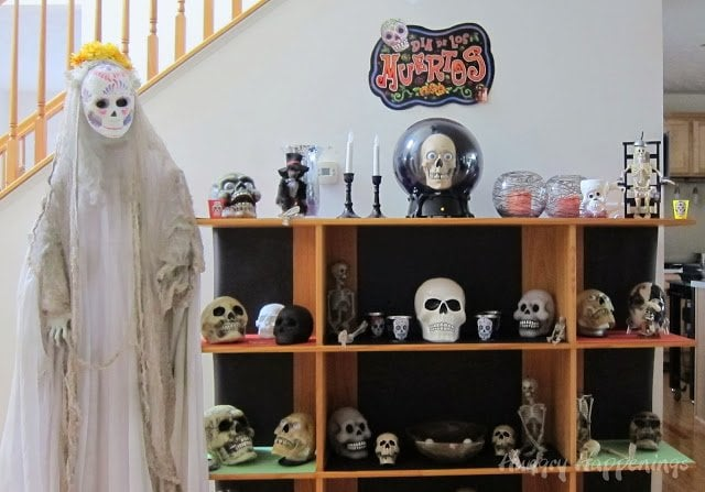 Create a simple display for your Day of the Dead Party.