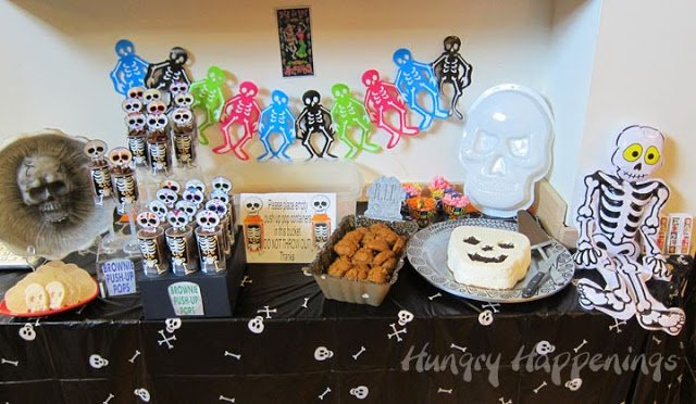 Day of the Dead party ideas. Skull shaped desserts.