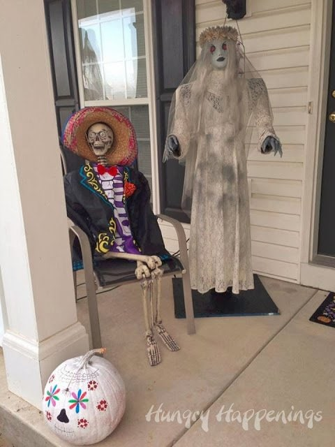 Day of the Dead outdoor decorating ideas.