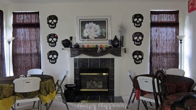 Simple decorations for a Day of the Dead Party