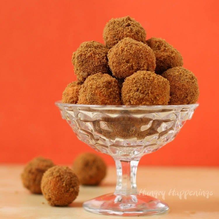 Pumpkin Gingerbread Truffles made with Pumpkin Spice Candy Melts ...