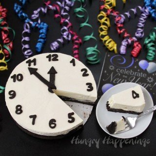Countdown to the New Year with a Black and White Cheesecake Clock