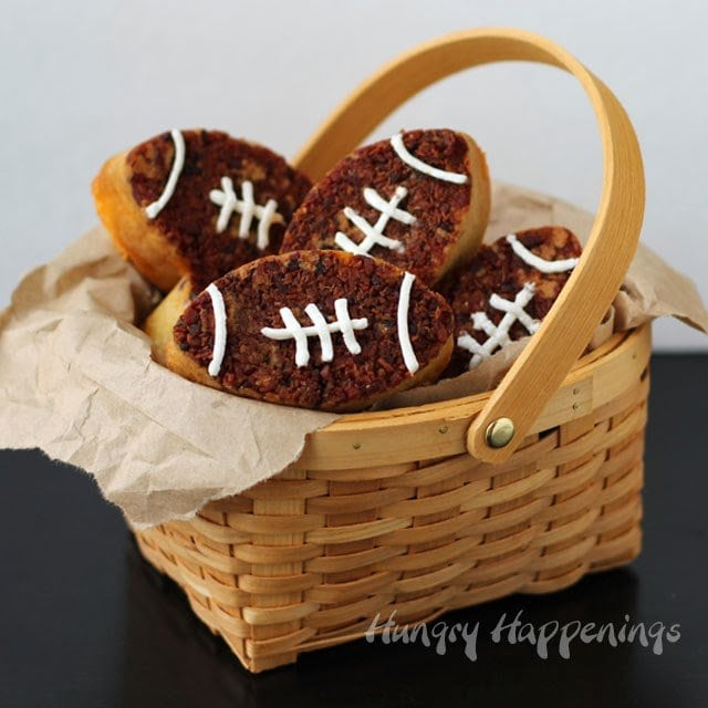 Bacon Cheddar Beer Bread Footballs | HungryHappenings.com