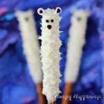 white-chocolate-dipped-polar-bear-pretzel-pops-
