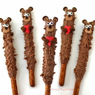 Chocolate Teddy Bear Pretzel Pops- Valentine's Day Treats