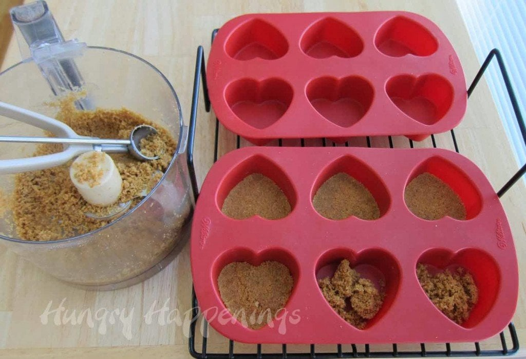 Cheesecake crust recipe for heart-shaped cheesecakes