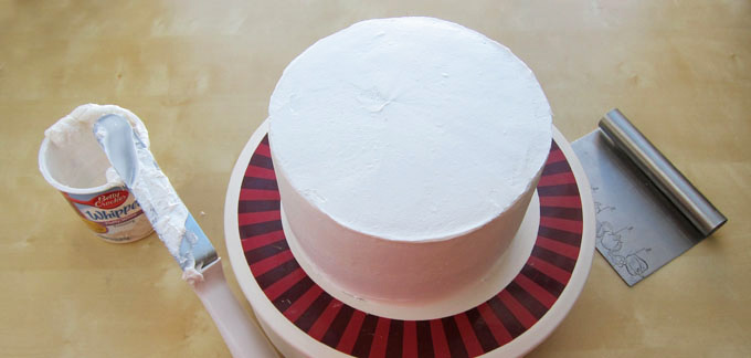 frosted round layer cake