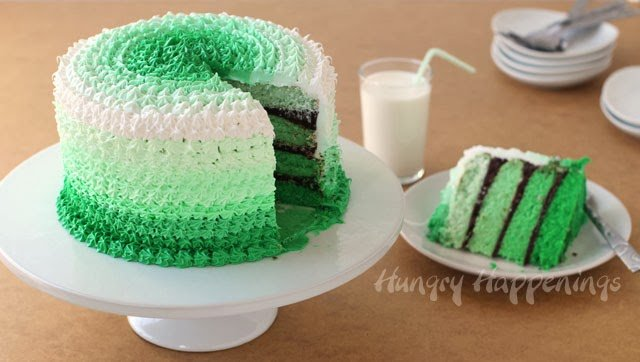 Green Ombre Cake | HungryHappenings.com