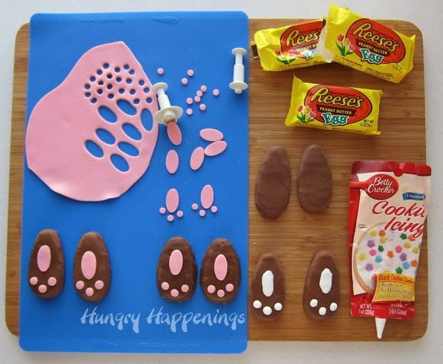 Make some of these Reese's Peanut Butter Bunny Feet to go along with your Reese's Peanut Butter Carrots! Who wouldn't love to get this chocolate peanut butter goodness in their Easter basket?