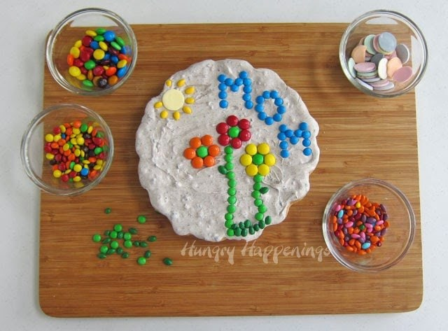 Decorate Sugar Cookie Garden Stone with Candy
