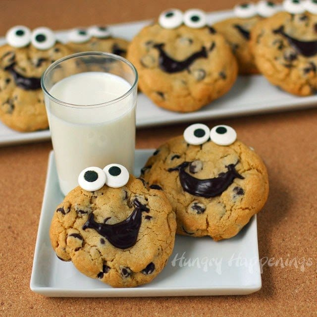 Chocolate Chip Cookie Serving Bowl - Hungry Happenings