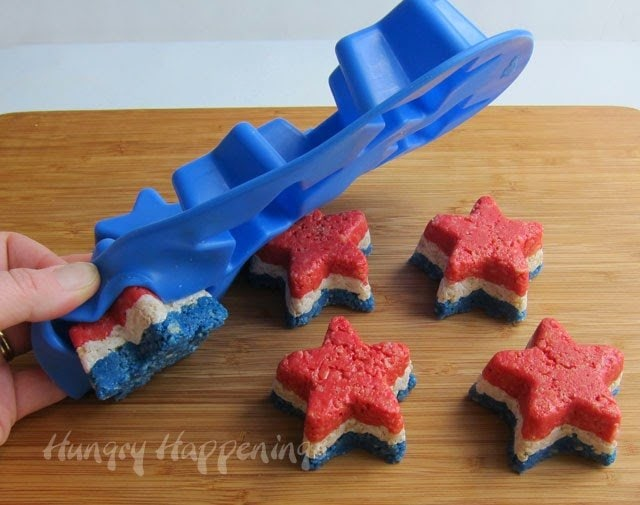 How to make rice krispie treat stars in a silicone mold.