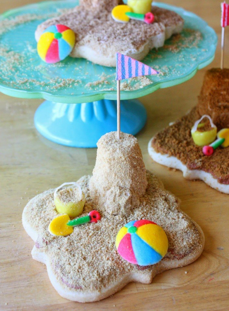 3-D Sandcastle beach cookies