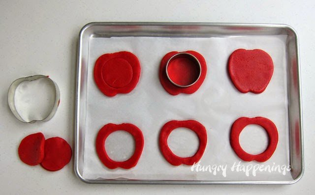 How to decorate Apple Pinata Cookies