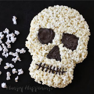 White Chocolate Popcorn Skulls