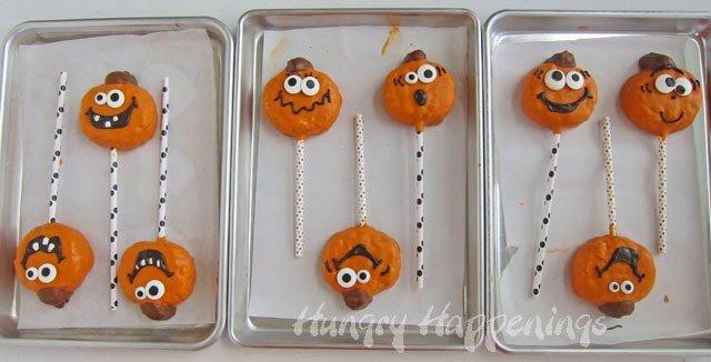 Halloween Jack-O-Lantern Rice Krispie Treat Pops